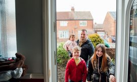 Covid-19 news: One in seven people in the UK have had visitors at home