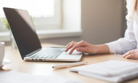 Many Canadians may be eligible for work-space-in-the-home tax deduction due to COVID-19: expert