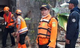 Real Life Heroes: heading into disaster, in the service of others