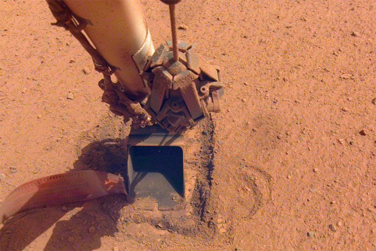 NASA gives up trying to burrow under Mars surface with 'mole' probe