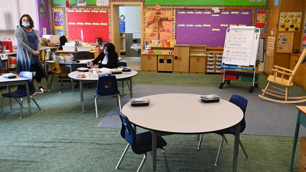 Top public health officials in Toronto, Peel, York support return to school as early as next week