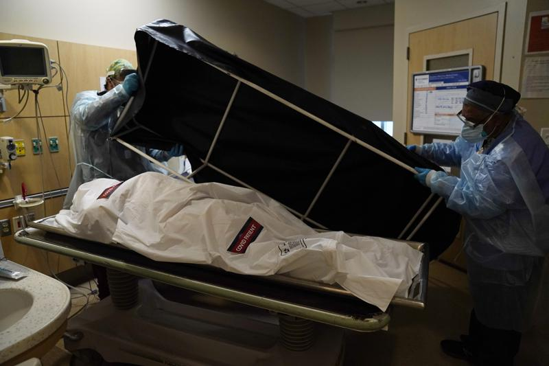 US hits 600,000 deaths from COVID-19
